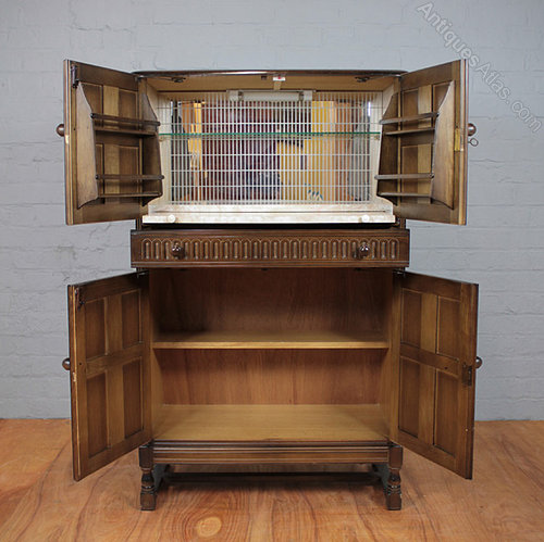 - Antiques Atlas - Vintage Oak Drinks Cabinet