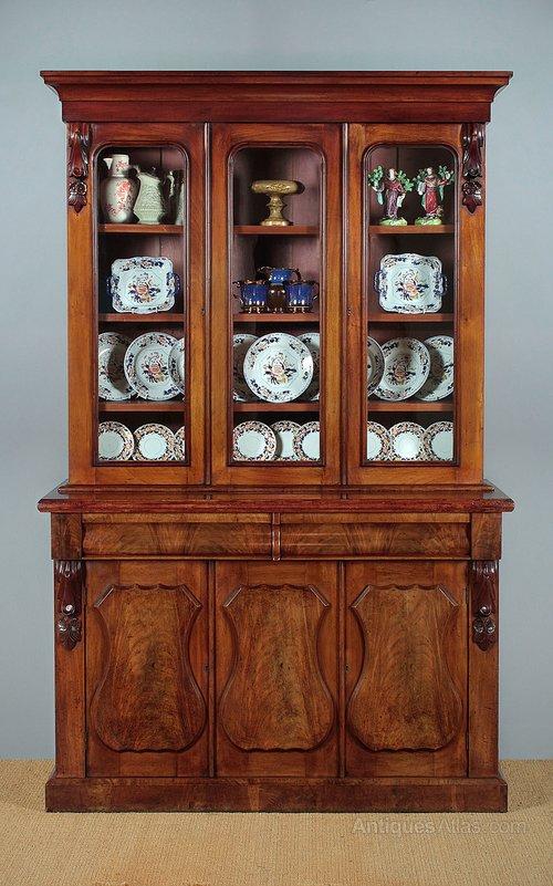 Welsh Glazed Dresser Or Cwpwrdd Gwydr C