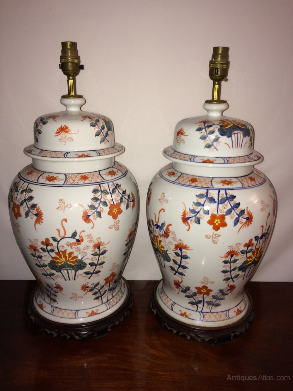 Antiques atlas pair of chinese porcelain lamps pair of chinese porcelain lamps reviewsmspy