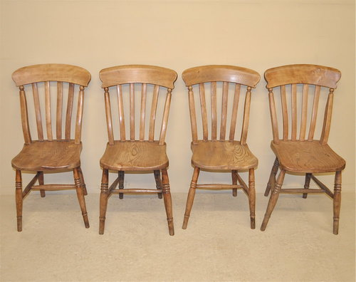 4 Windsor Kitchen Chairs Antique