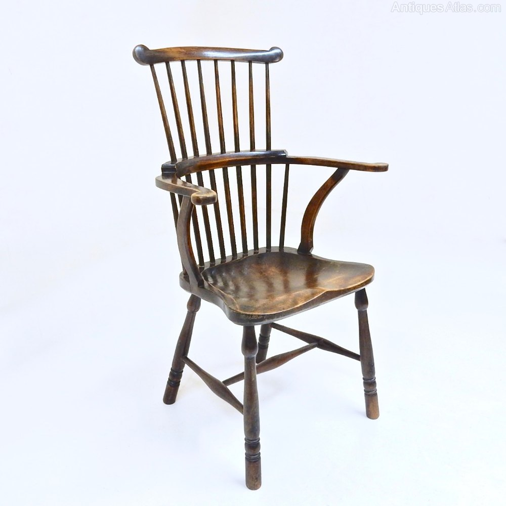 Comb Back Windsor Armchair - Antiques Atlas
