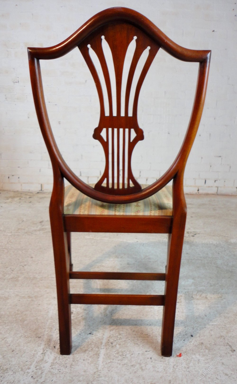 ... Set Of Ten Hepplewhite Style Mahogany Dining Chairs Circa Early 20th  Century ...