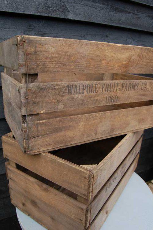 antiques atlas a vintage wooden apple crate. Black Bedroom Furniture Sets. Home Design Ideas