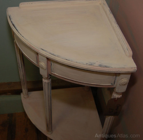 Painted Corner Side Table Antique Corner Tables - Painted Corner Side Table - Antiques Atlas