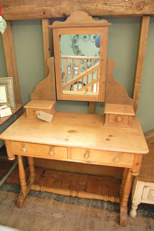 newest 9eb48 87b13 Victorian Pine Dressing Table - Antiques Atlas