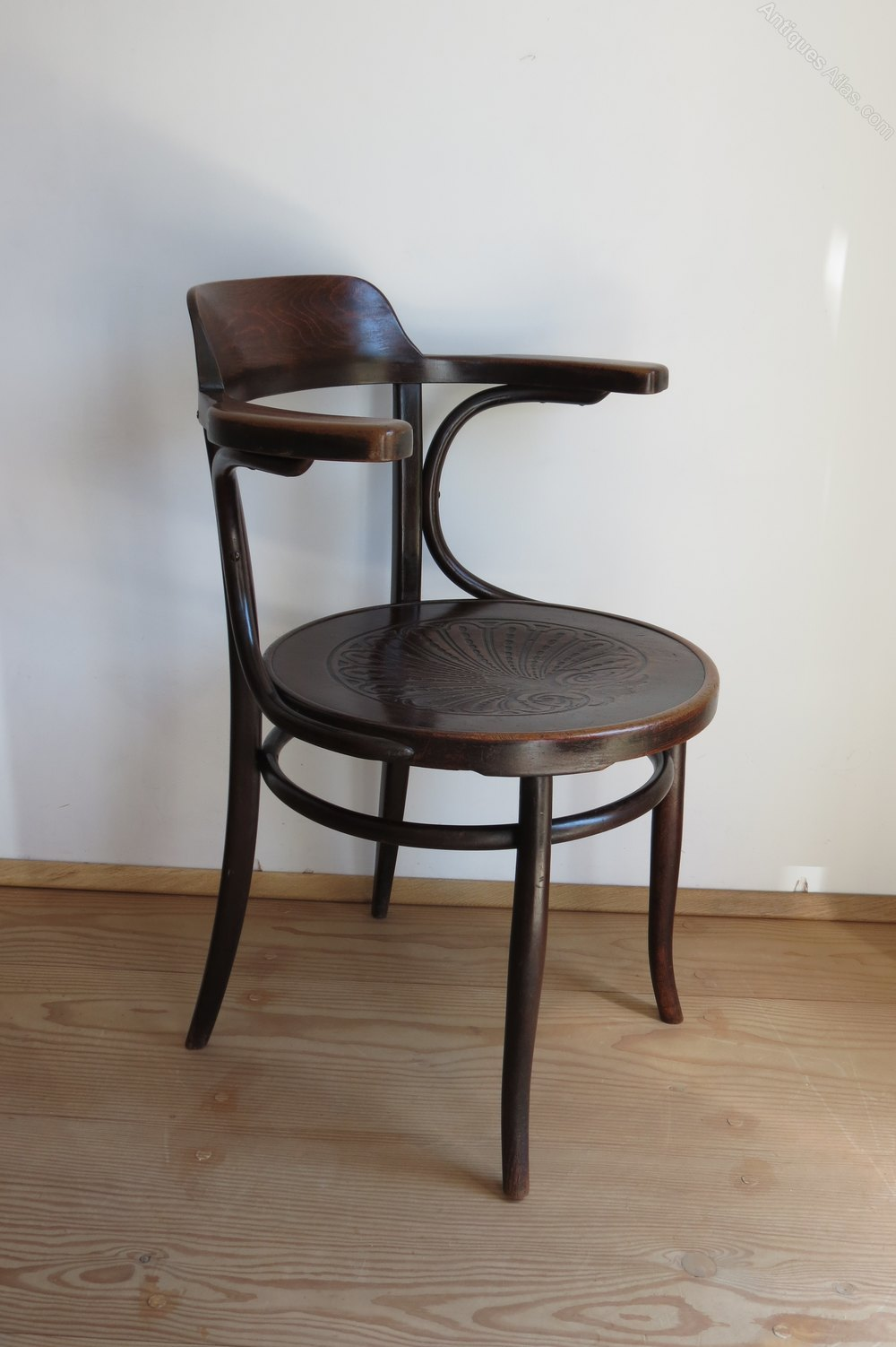 Bentwood Chair By J And J Kohn Austria 1900 Antiques Atlas