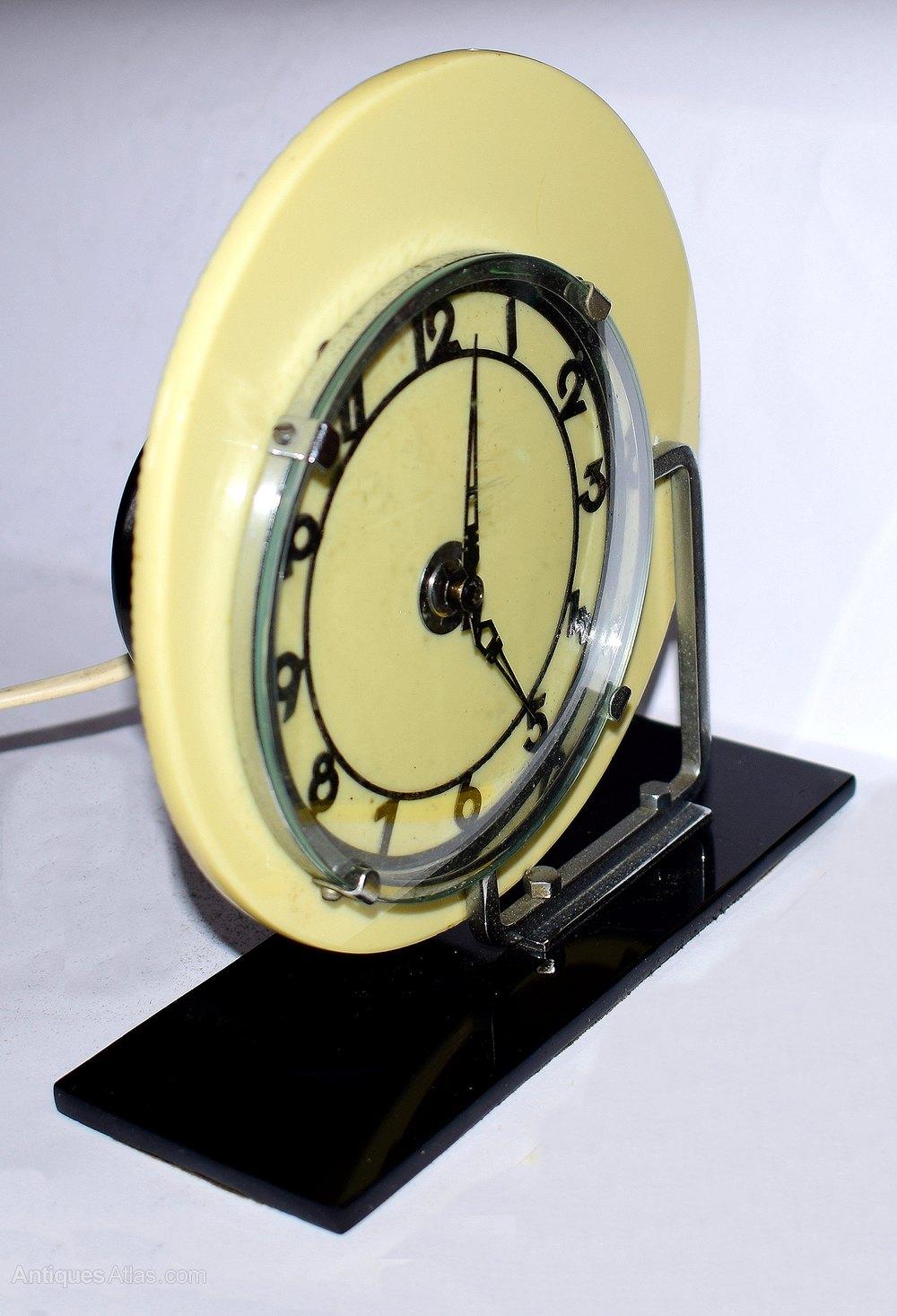 Antiques Atlas - Art Deco Modernist Clock By GEC