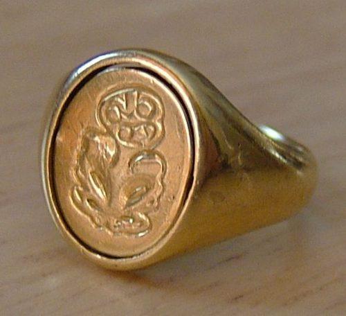 Antiques Atlas - 18CT Gold Masonic Ring