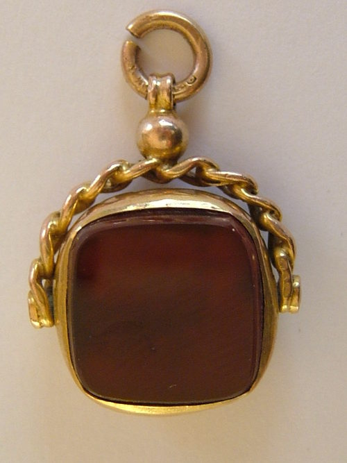 Antiques Atlas - 9CT Gold & Agate Pocket Watch Fob Chester ... | 500 x 667 jpeg 41kB