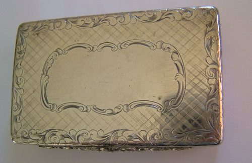 dating antique snuff boxes Welcome to antique pewter you will find examples dating from the 17th century through to the end of the 19th century snuff boxes and tobacco related.