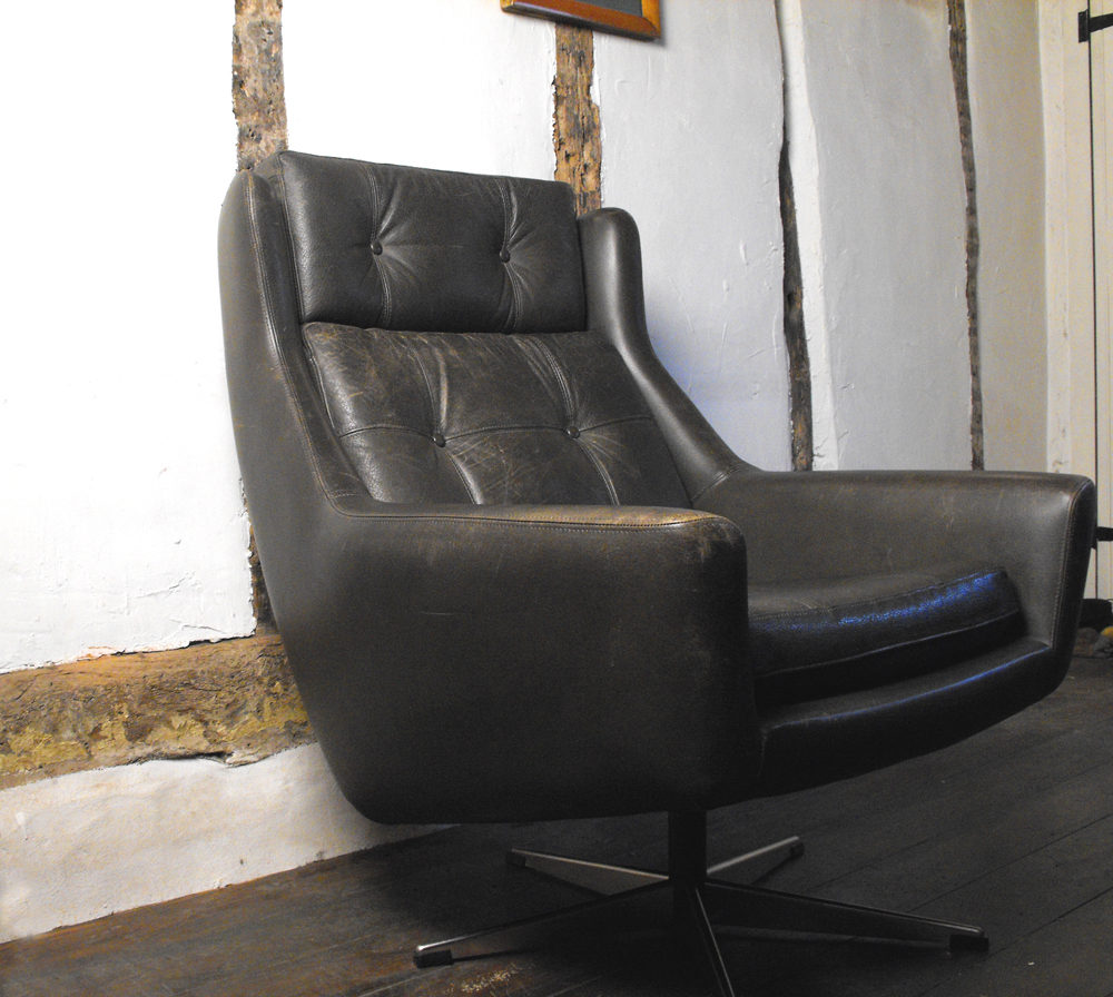 Delicieux Vintage Leather Swivel Bucket Chair ...