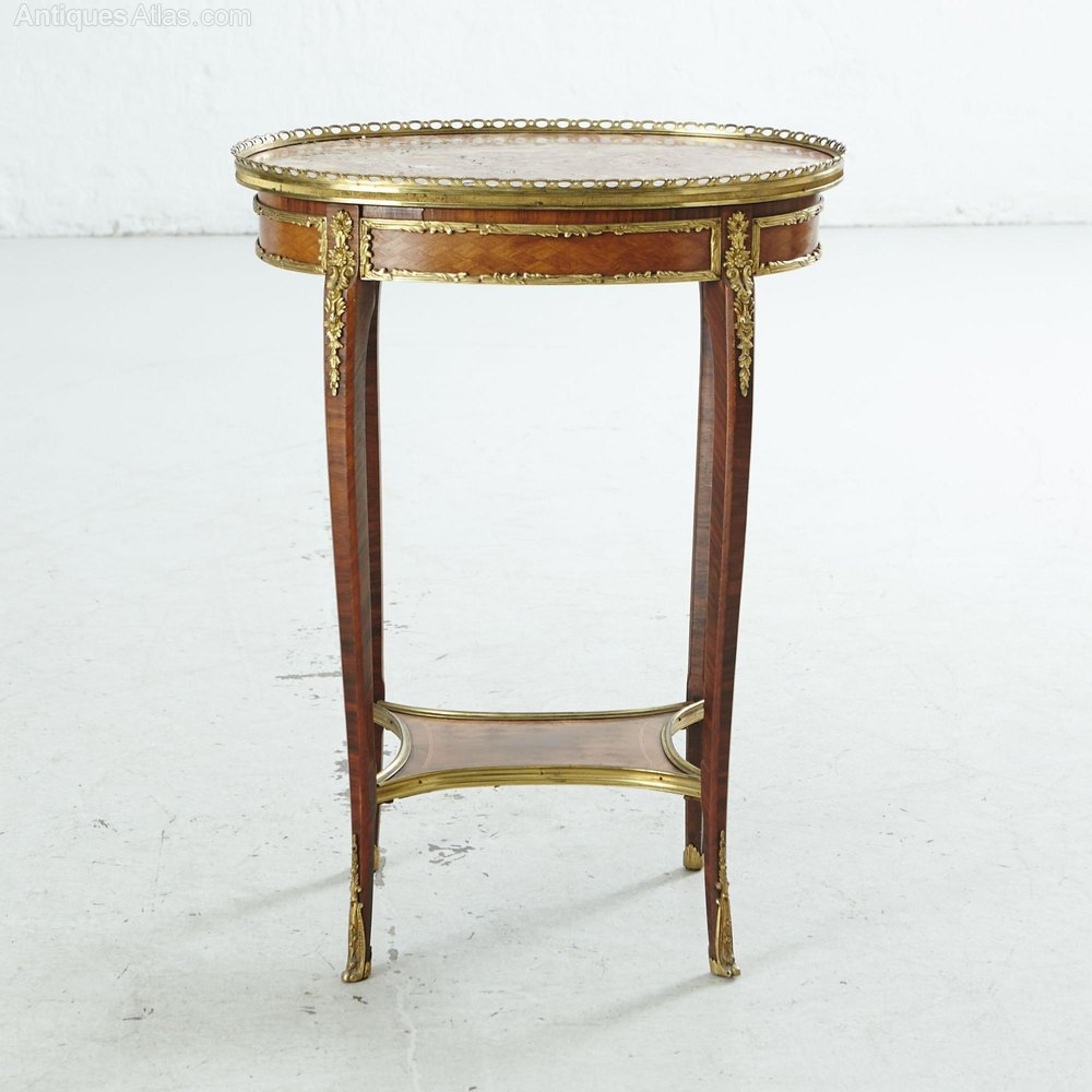 Elegant french oval table louis xvi style h 76 cm for Table in french