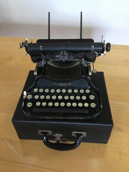 Corona USA Folding Typewriter