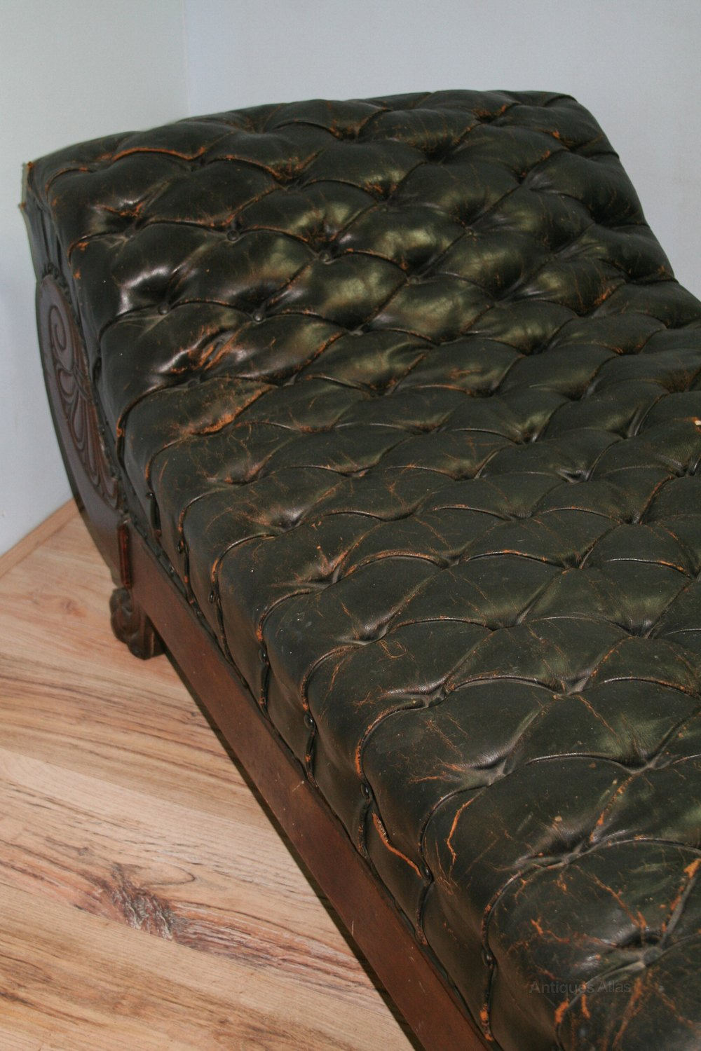 19th Century American Leather Fainting Couch Antiques Atlas