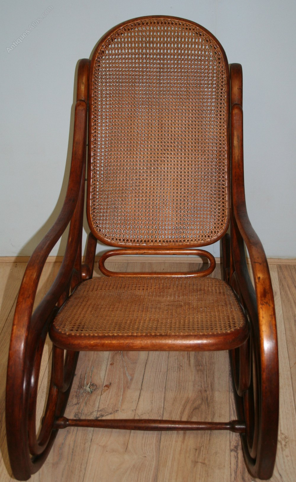 thonet bentwood rocking chair no 4 antiques atlas