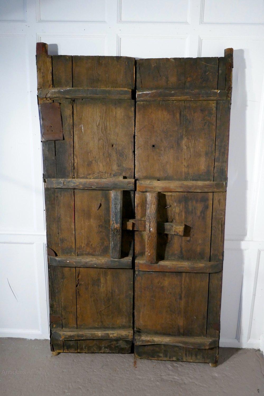 Photos & Antiques Atlas - 18th Cent Heavy Painted Oak u0026 Iron Oriental Doors