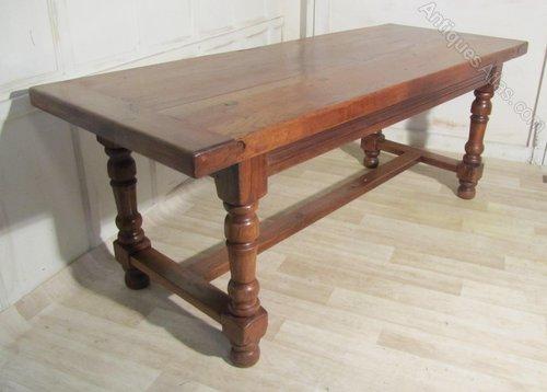 de984478a594 18th Century French Oak Table