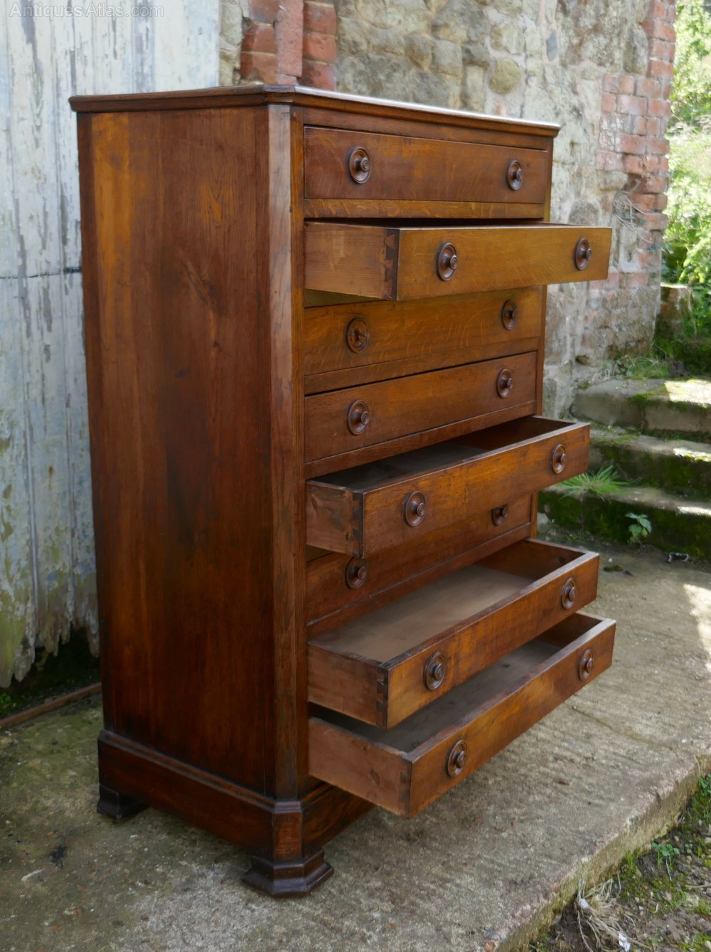 8 Drawer Chest Of Drawers Collectors Linen Antiques Atlas