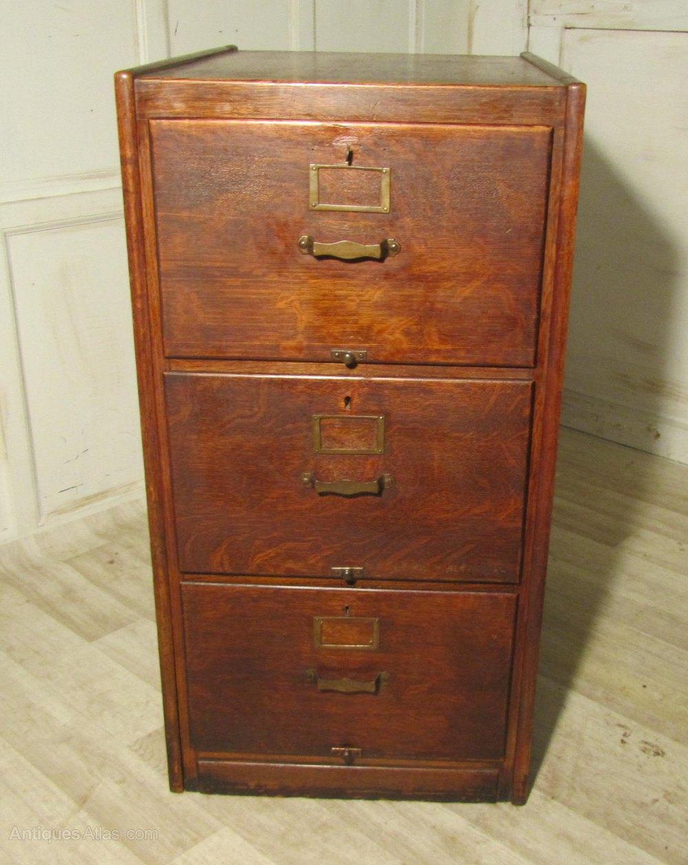 A Large Art Deco 3 Drawer Oak Filing Cabinet ... & A Large Art Deco 3 Drawer Oak Filing Cabinet - Antiques Atlas