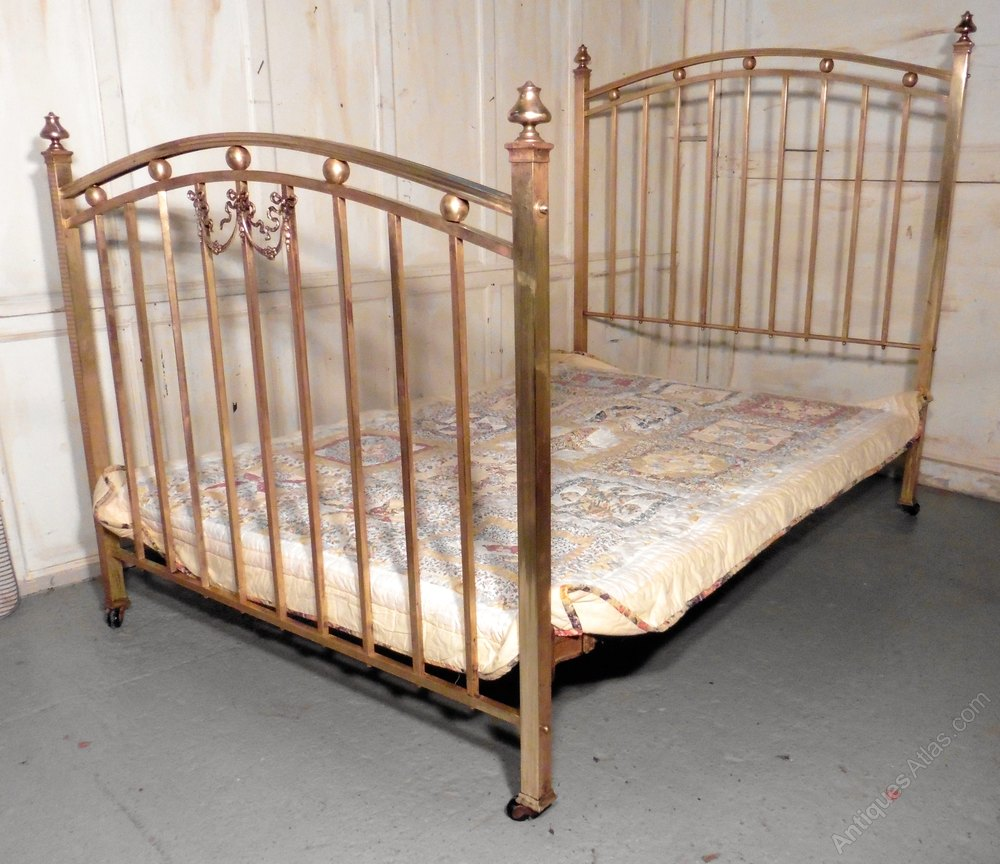 Stunning A Lovely Victorian Brass Double Bed Antique