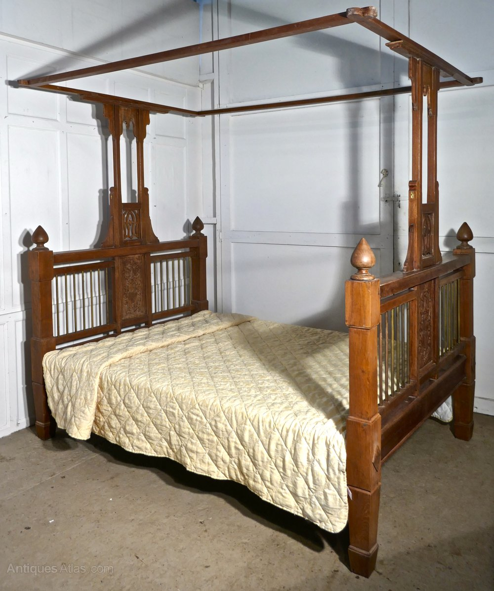 Colonial Style Antique 4 Poster 5ft Double Bed Antiques