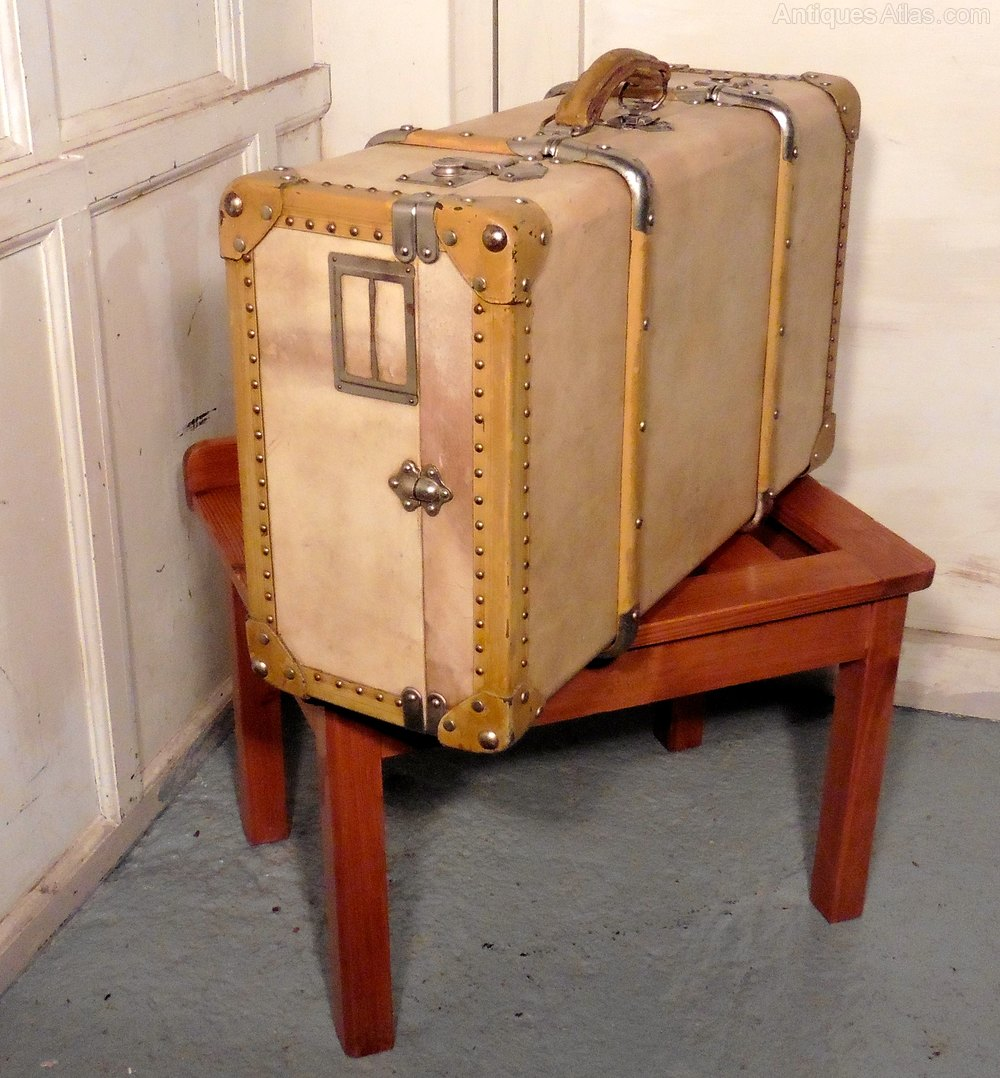 antiques atlas french art deco vellum leather suitcase. Black Bedroom Furniture Sets. Home Design Ideas