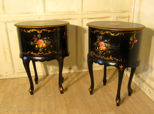 the best attitude 1b25a 47e4c Pair Lacquered Chinoiserie Bedside Tables Or Sofa - Antiques ...
