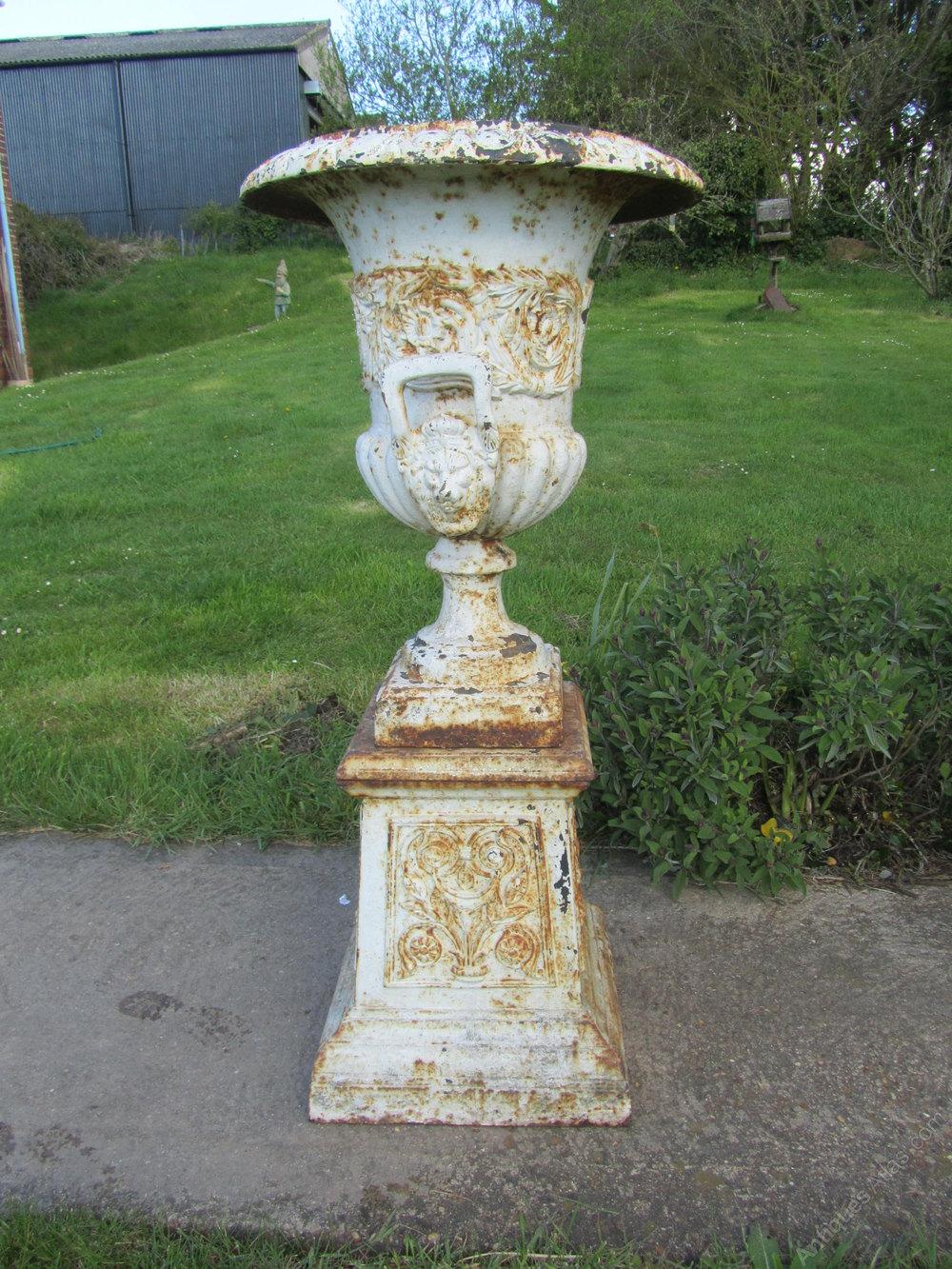 Antiques Atlas - Pair Large Victorian Cast Iron Urns ...