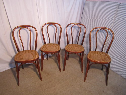 - Set Of 4 French Bistro Or Cafe Bentwood Chairs - Antiques Atlas