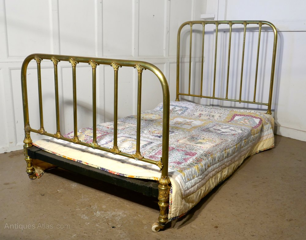 Superb quality victorian brass large single bed antiques for Good quality single beds