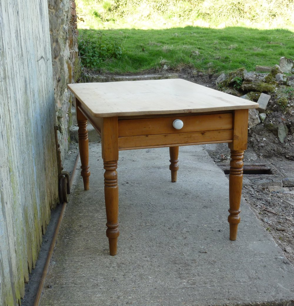 Pine Kitchen Tables For Traditional Victorian Scrub Top Pine Kitchen Table Antiques Atlas