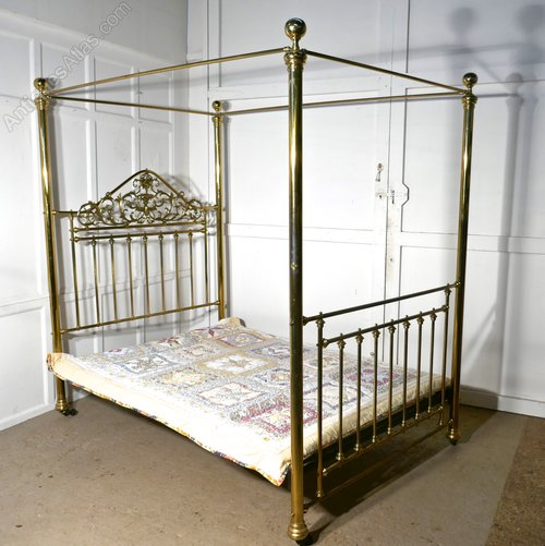 Victorian Art Nouveau 4 Poster Double Brass Bed - Antiques Atlas