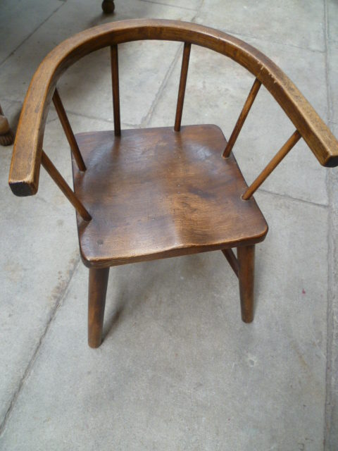 Antique Beech Childs Chair ... - ANTIQUE BEECH CHILDS CHAIR - Antiques Atlas