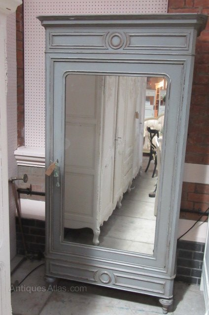 Charmant Antique French Single Door Painted Armoire ...