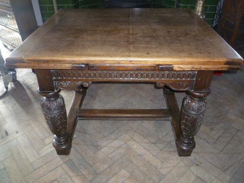 Antique Oak Draw Leaf Dining Table