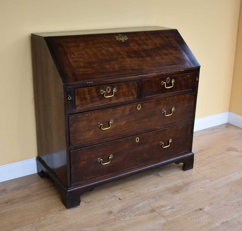 george iii oak elm bureau antiques atlas. Black Bedroom Furniture Sets. Home Design Ideas