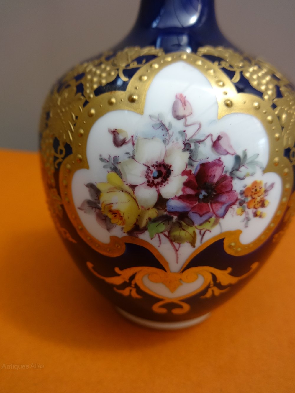Antiques atlas miniature handpainted royal crown derby vase miniature handpainted royal crown derby vase ceramics royal crown derby reviewsmspy