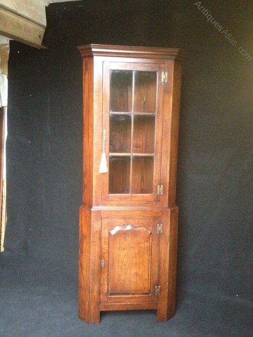 Solid Oak Corner Cabinet by Vintage ... - Antiques Atlas - Solid Oak Corner Cabinet By