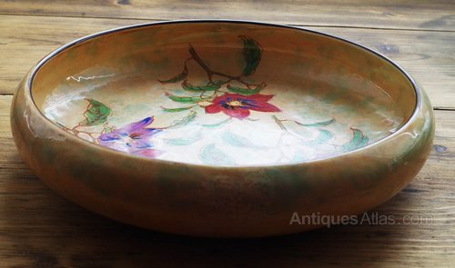 Antiques Atlas - Royal Doulton Fruit Bowl In The Magnella Pattern