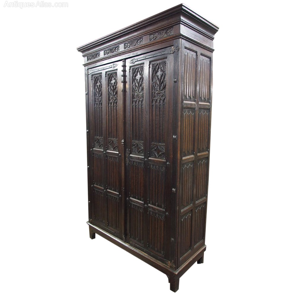 gothic style french oak wardrobe or armoire antiques atlas. Black Bedroom Furniture Sets. Home Design Ideas
