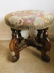 Edwardian (1901-1910) Edwardian Footstool With Tapestry Top Up-To-Date Styling