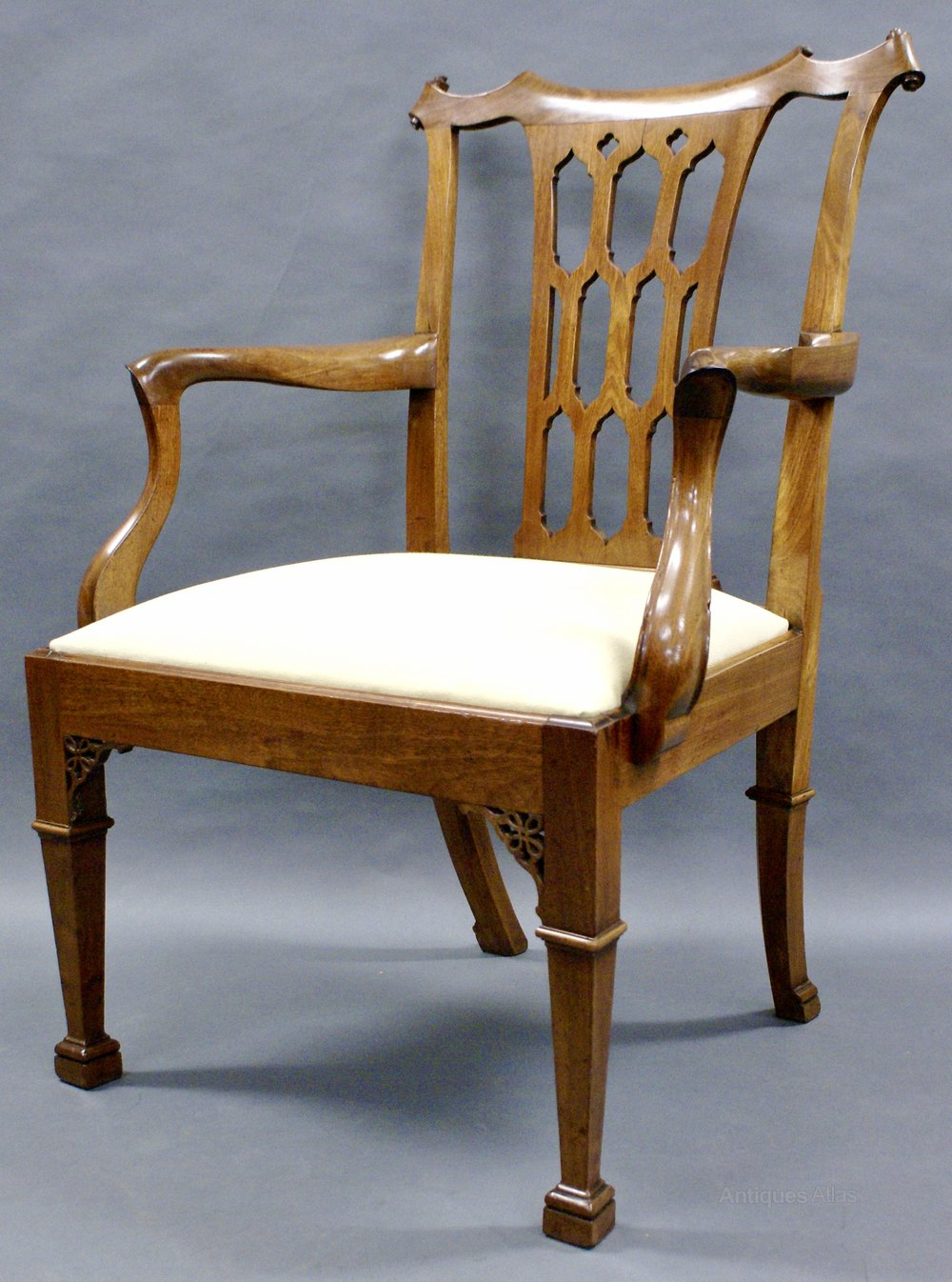 A Fine Chippendale Period Mahogany Arm Chair Antiques Atlas