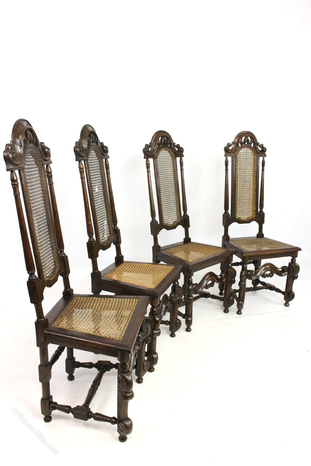 Set Of 4 Oak Jacobean Style Bergere Dining Chairs