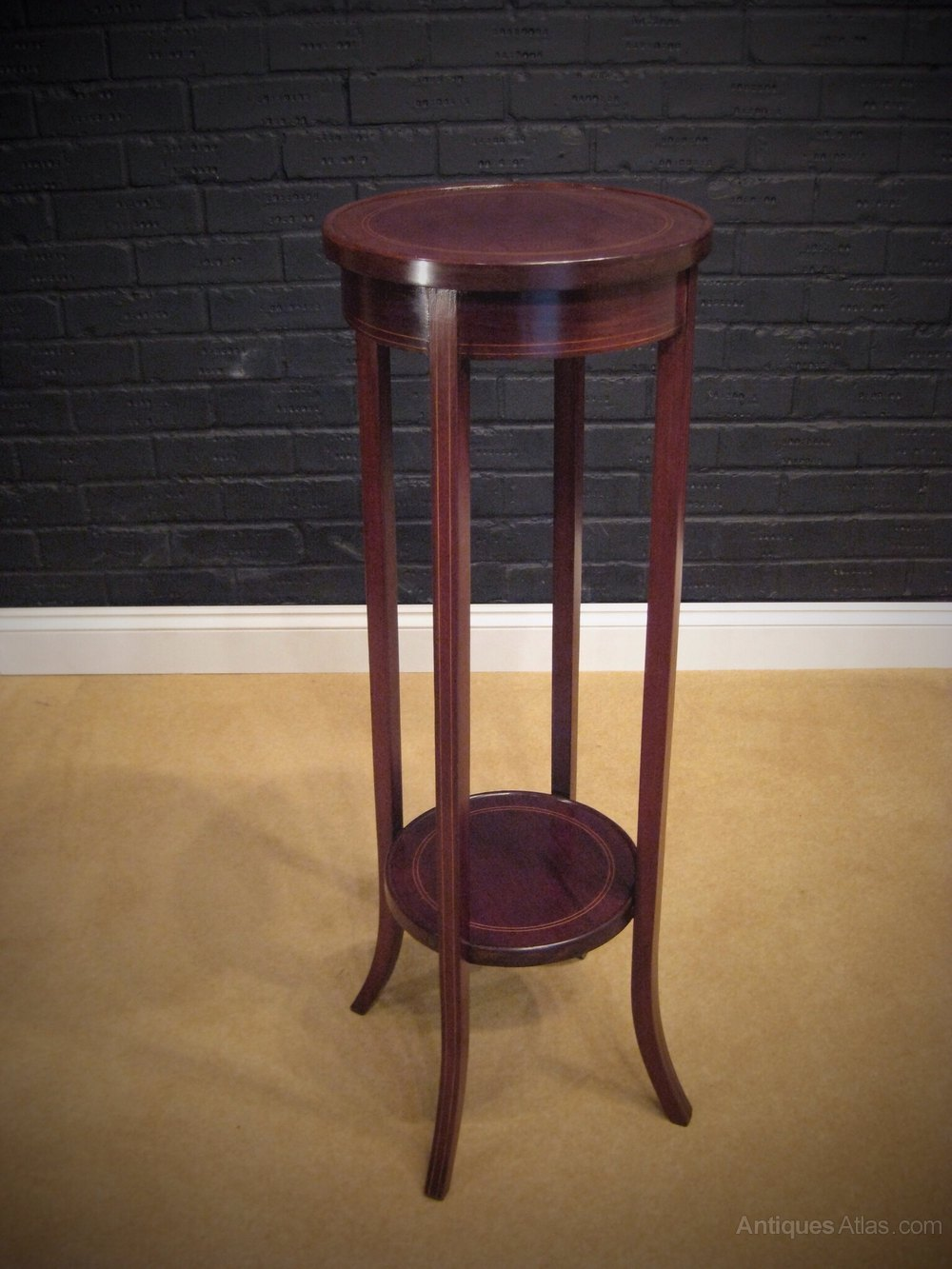 Edwardian (1901-1910) Antique Edwardian Mahogany Plant Stand