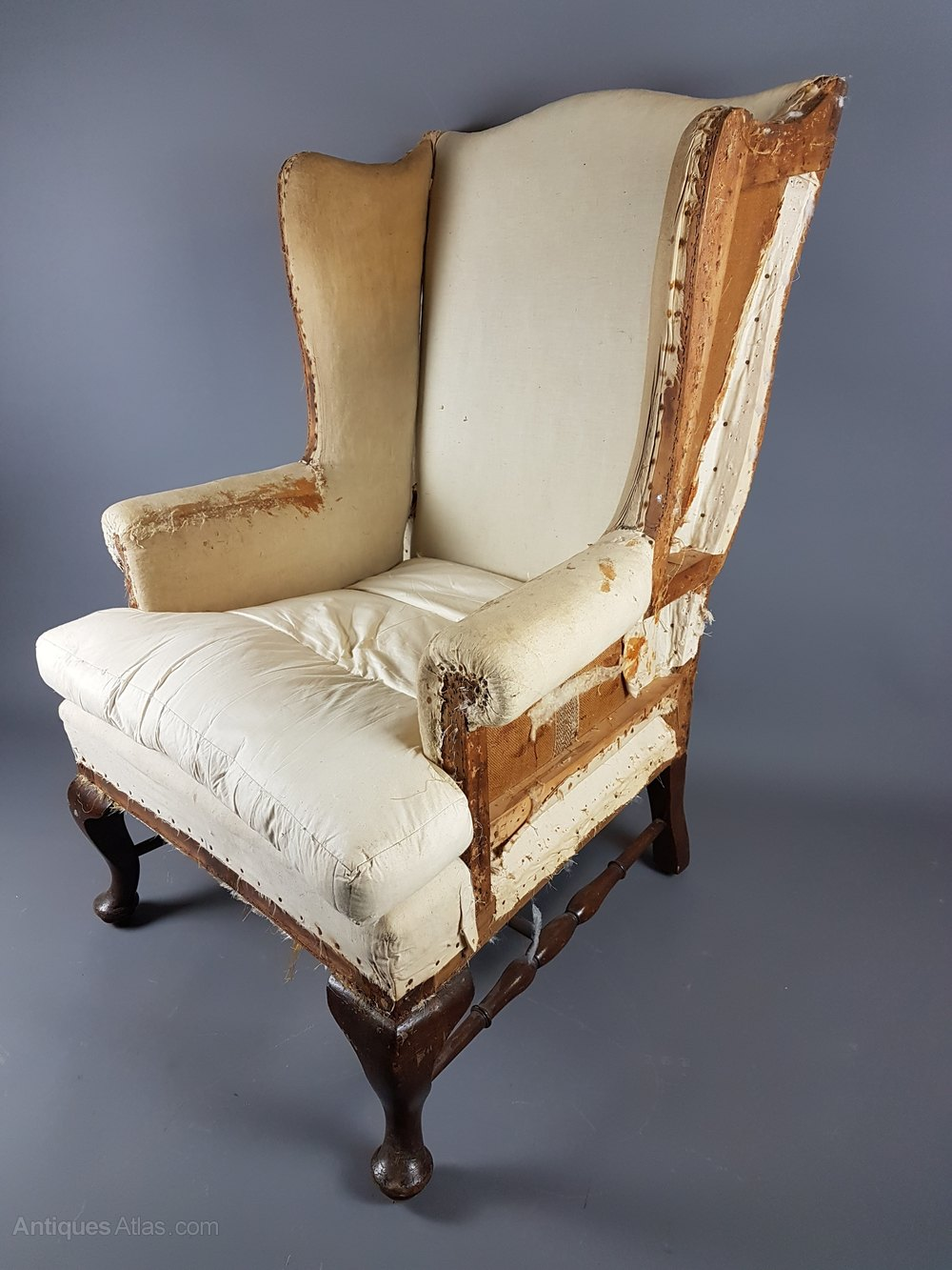 Large 19thc armchair antiques atlas for Large armchair