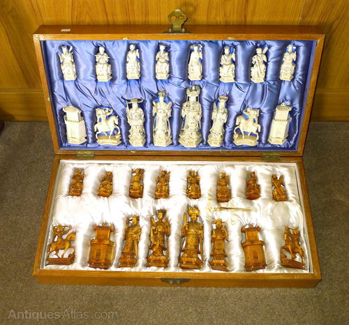 Quality 19th C Chinese Chess Set