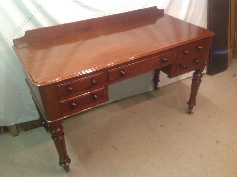 Victorian ladies five drawer desk writing table