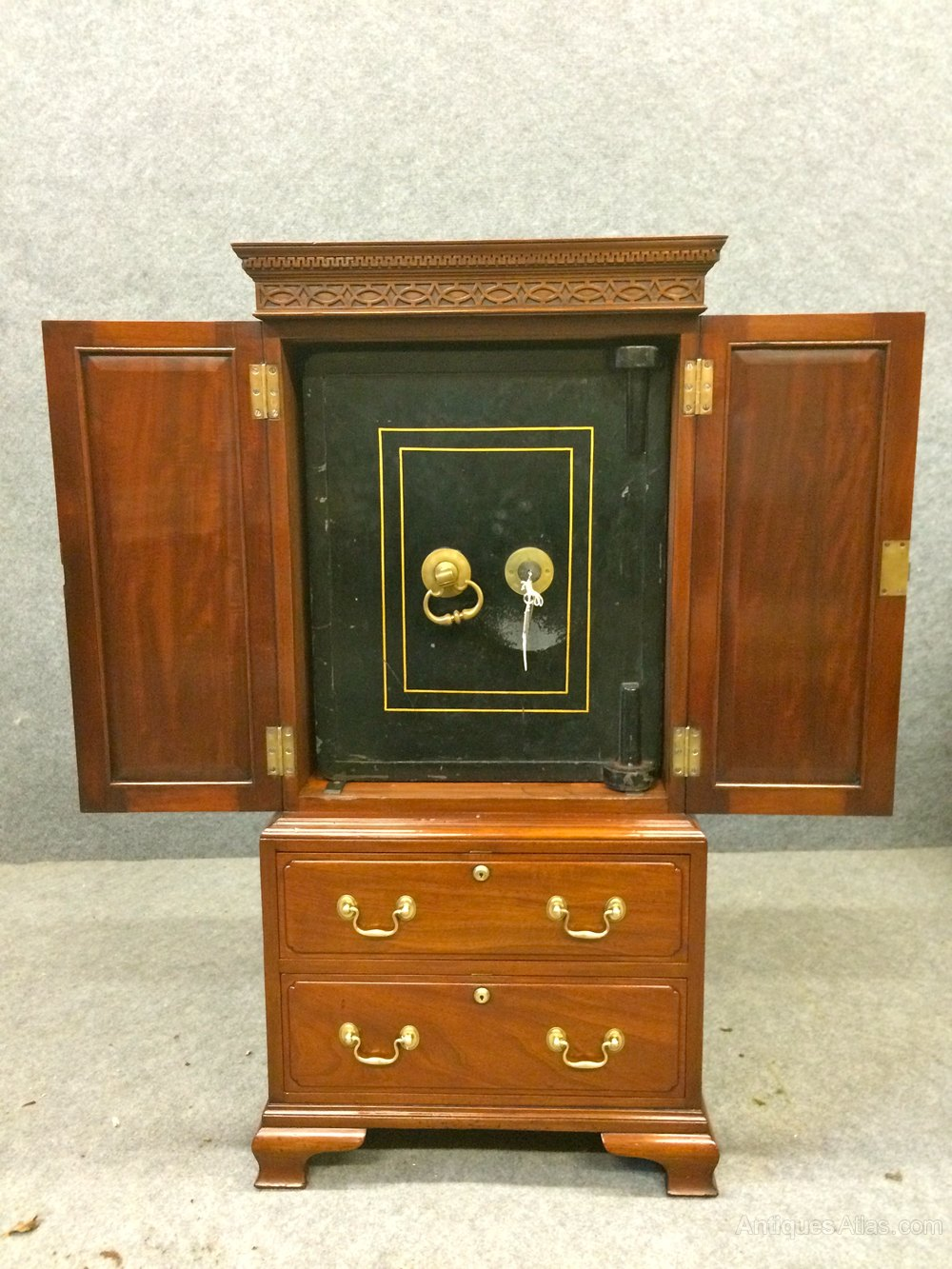 - Antiques Atlas - Bramah Safe Cabinet