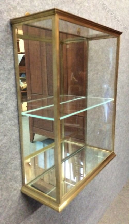... Antique Display Cabinets ... - Good Quality Wall Mounted Brass Display Cabinet - Antiques Atlas
