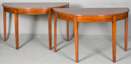 Pair Of Georgian Demi Lune Console Tables Dining Table - Antiques Atlas